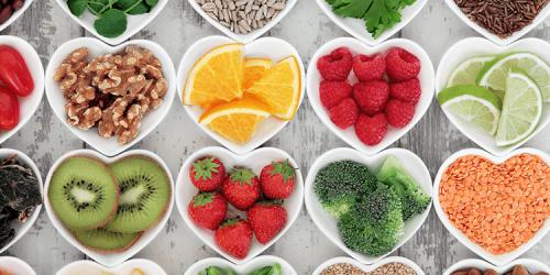 Vitamíny, gely a jídelníček na podporu otěhotnění